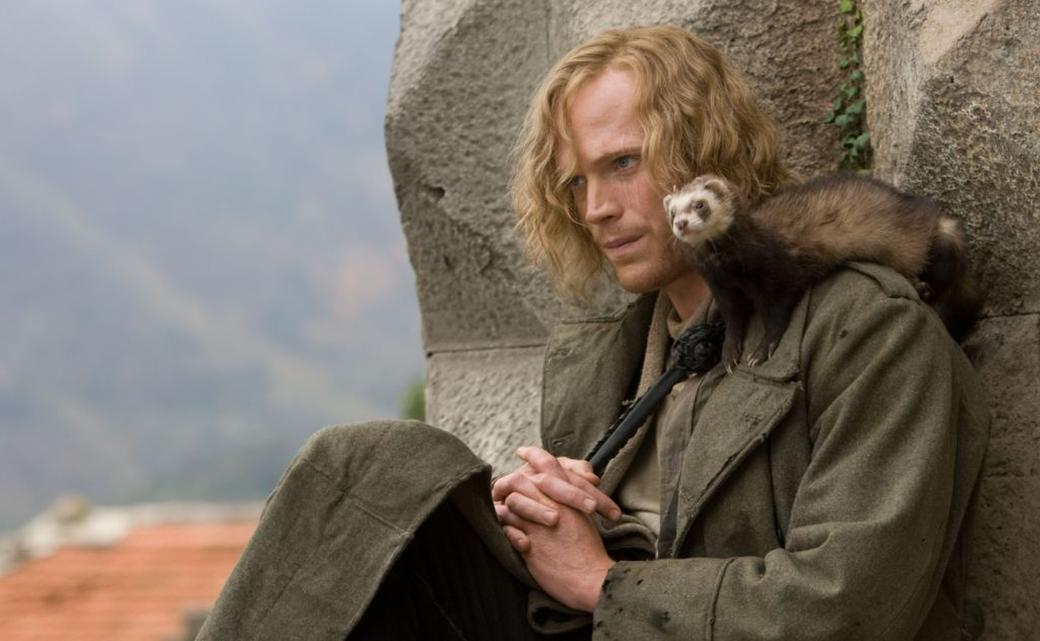 Paul Bettany as Dustfinger in