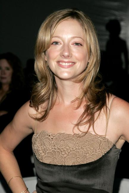 Judy Greer at the Chaiken Spring 2007 fashion show during the Olympus Fashion Week.