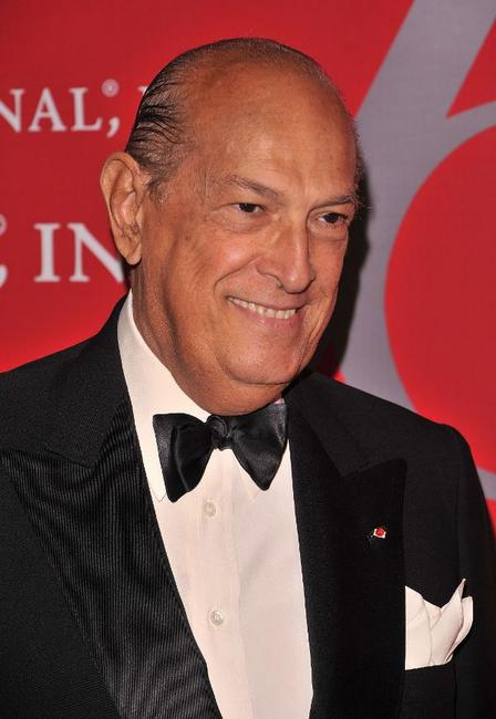 Oscar de la Renta at the Fashion Group International's 26th Annual Night of Stars.