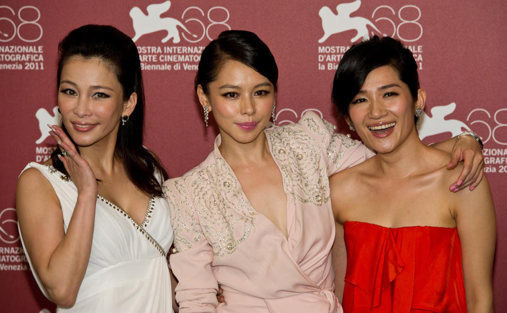 Landy Wen, Vivian Hsu and Lo Mei-ling at the photocall of