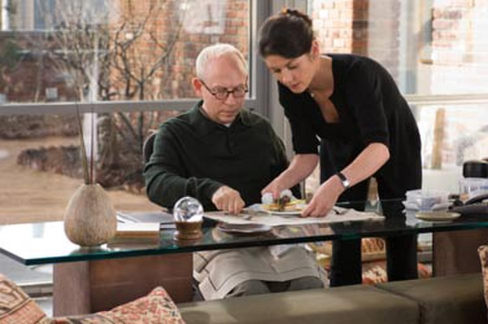Bob Balaban as therapist and Catherine Zeta-Jones in