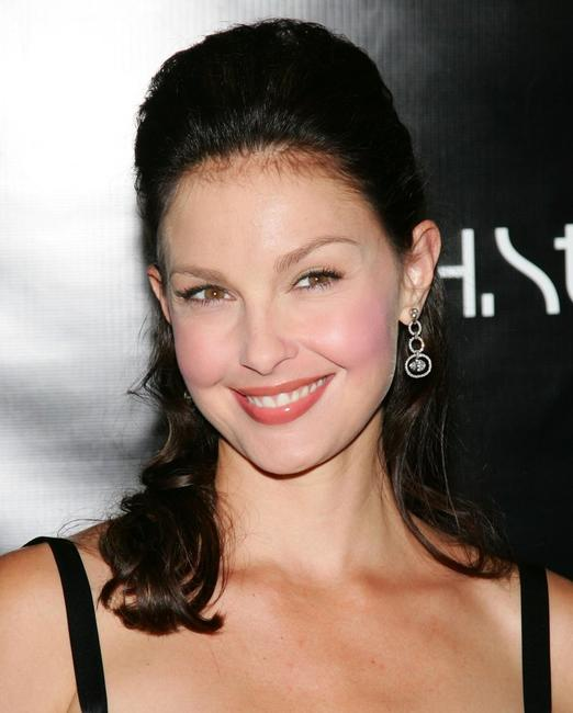 Ashley Judd at the stern star diamond launch to benefit YouthAIDS.
