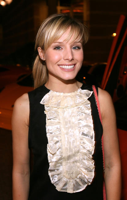 Kristen Bell at the Race To Fight Epilepsy event in Los Angeles.