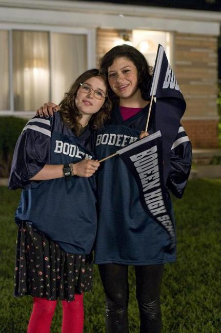 Ellen Page and Alia Shawkat in