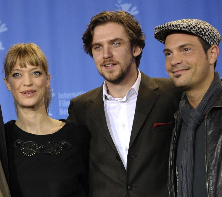 Heike Makatsch, Dan Stevens and Roger Cicero at the photocall of
