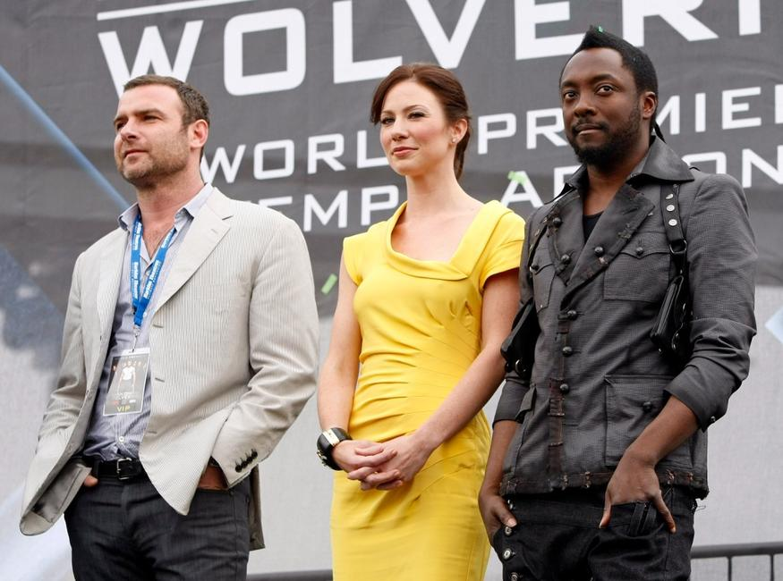 Liev Schreiber, Lynn Collins and will.i.am at the premiere of