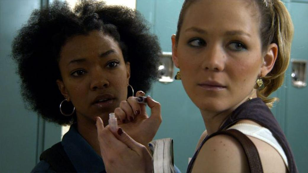 Sonequa Martin and Louisa Krause in