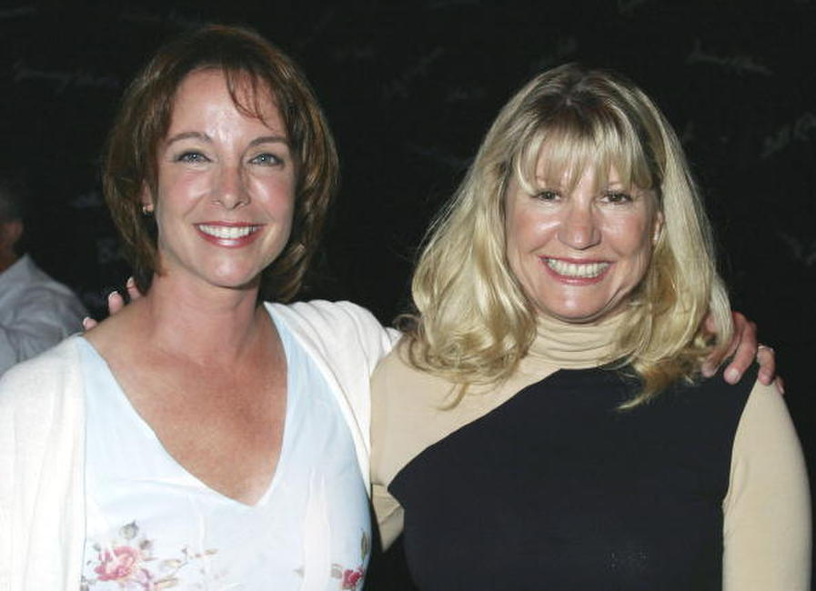 Kathleen Quinlan and Dr. Lois Lee at the Smothers Brothers performance for Children of the Night.