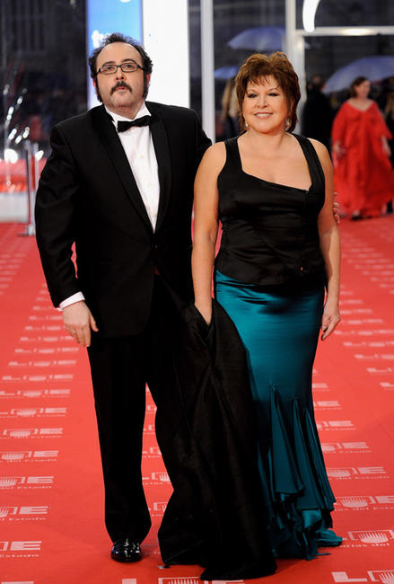 Carlos Areces and Loles Leon at the red carpet of 2011 Goya Awards in Spain.