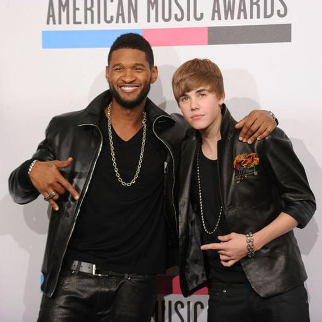 Usher and Justin Bieber at the 2010 American Music Awards.