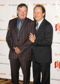 Robin Williams and Billy Crystal at the Christopher and Dana Reeve Third Annual Foundation Los Angeles Gala at the Century Plaza.