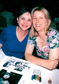 Candy Clark and Cindy Williams at the Hollywood Collectors & Celebrities Show.