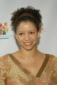 Gloria Reuben at the Elizabeth Glazer Pediatric AIDS Foundation