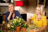 Jamie Lee Curtis and Kristen Bell in