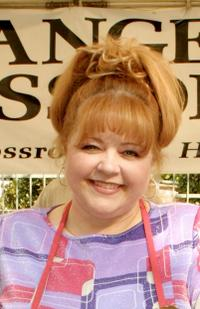 Patrika Darbo at the Thanksgiving Day Meal for the homeless.