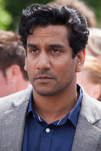 Naveen Andrews as Dr. Hasnat Khan in