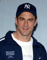 Christopher Meloni at the 9th Annual Revlon Run/Walk for Women.