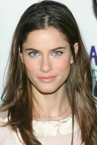 Amanda Peet at a photocall for the Broadway revival of Neil Simon's