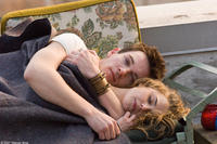 Jonathan Rhys Meyers and Keri Russell in