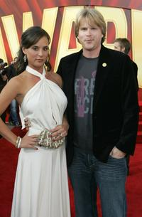Cary Elwes and wife Lisa Marie Kurbikoff at the 2005 MTV Movie Awards.