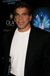 Lou Ferrigno at the 32nd Annual People's Choice Awards.