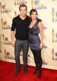 Ryan Reynolds and Sandra Bullock at the 18th Annual MTV Movie Awards.