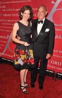 Oscar de la Renta and Guest at the Fashion Group International's 26th Annual Night of Stars.