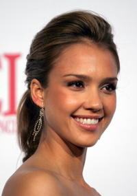 Jessica Alba at the 2006 NCLR ALMA Awards in L.A.