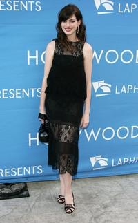 Anne Hathaway at the Stephen Sondheim's 75th Birthday Concert and ASCAP Foundation Benefit.
