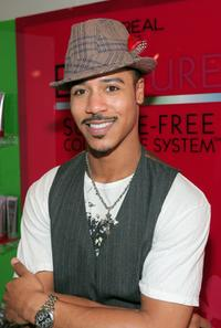 Brian J. White at the 66th Annual Golden Globe Awards.