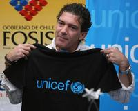 Antonio Banderas at the UNICEFs Puente program.