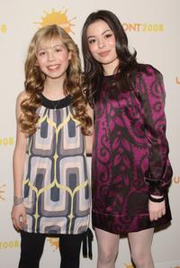 Jennette McCurdy and Miranda Cosgrove at the Nickelodeon 2008 upfront presentation.