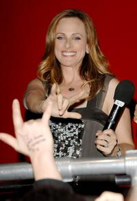 Marlee Matlin signs at the season 5 premiere party for