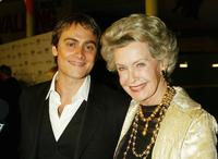 Dina Merrill and Stuart Townsend at the premiere of