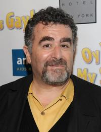 Saul Rubinek at the premiere of ''Oy Vey My Son is Gay.