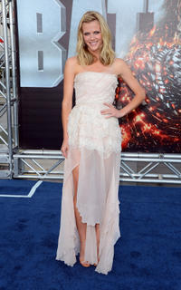 Brooklyn Decker at the California premiere of