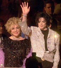 Elizabeth Taylor and Michael Jackson at the Michael Jacksons 30th Anniversary celebration in New York.