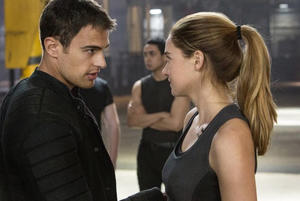 Fandango Gets a Sneak Peek at 'Divergent' with Neil Burger