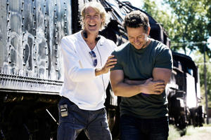 News Briefs: Michael Bay Will Direct 'Transformers 5'; See 'X-Men' Universe Cast Photo