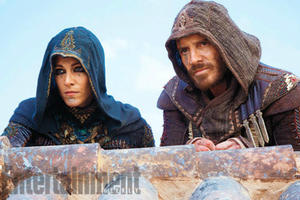 News Briefs: See Michael Fassbender in New 'Assassin's Creed' Photo