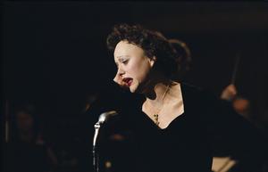 """Marion Cotillard in """"La Vie en Rose."""""""