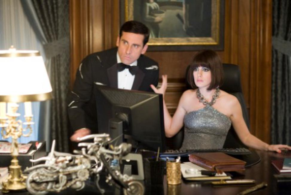 Steve Carell as Maxwell Smart and Anne Hathaway as Agent 99 in