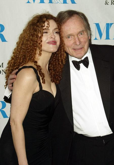 Dick Cavett and Bernadette Peters at the Museum of Television and Radio gala honoring of Merv Griffin at the Waldorf Astoria .