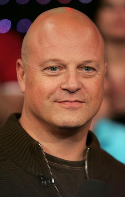 Michael Chiklis at the MTV's Total Request Live at the MTV Times Square Studios.