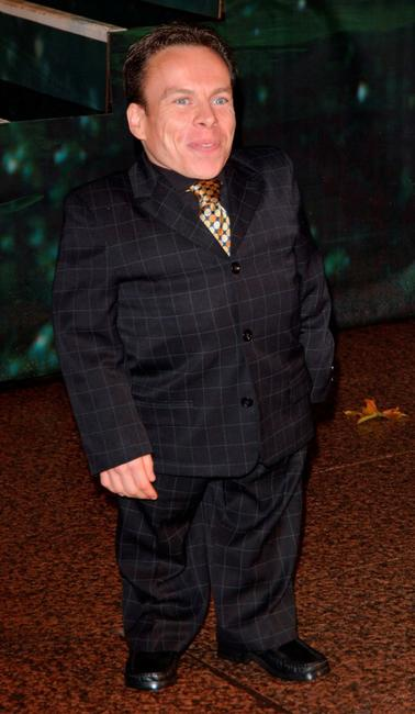 Warwick Davis at the world premiere of