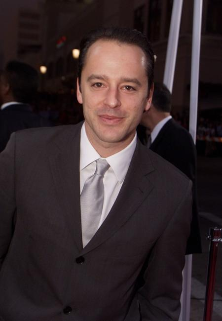 Gil Bellows at the 28th Annual Peoples Choice Awards.