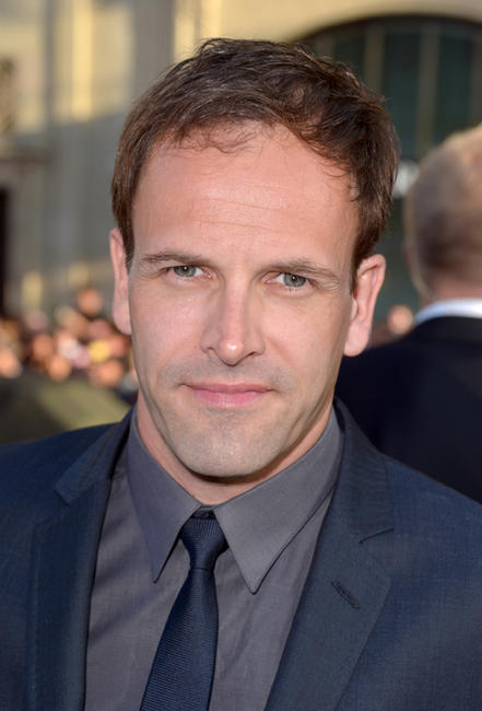 Jonny Lee Miller at the California premiere of