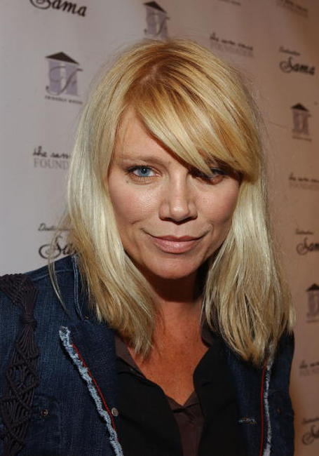 Peta Wilson at the Friendly House benefit opening of Sama Eyewear.