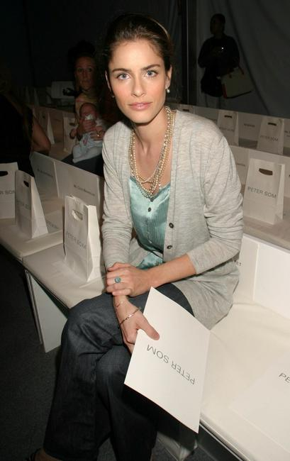 Amanda Peet at the Peter Som show during the Olympus Fashion Week Spring 2005.