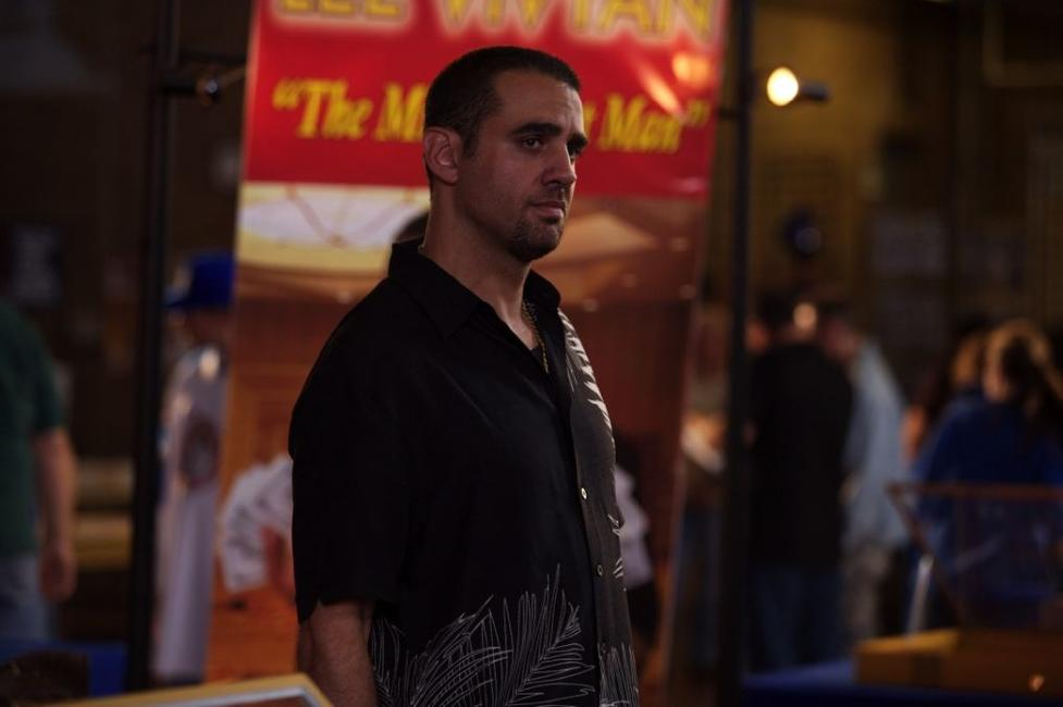 Bobby Cannavale as Lee Vivyan in